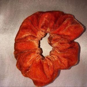 Orange velvet scrunchie 😙